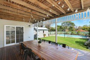 Idealne drzwi patio mogą odświeżyć Twoją przestrzeń