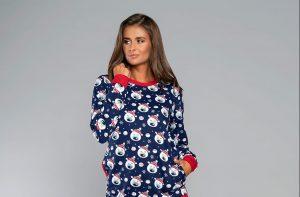 Świąteczne piżamy damskie – pomysł na prezent na gwiazdkę