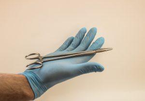 Operacja plastyczna nosa – czy warto