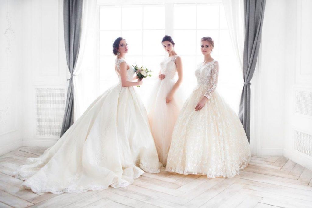 Suknie ślubne dostępne w salonie Bella Rossa
