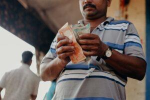 Jaką walutę zabrać na zagraniczny wyjazd?