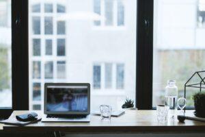 Czy warto korzystać z usług wirtualnego biura w Warszawie?