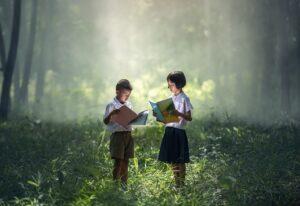 Seriale, bajki, książki dla dzieci wczesnoszkolnych – co oglądać, co czytać z dzieckiem?