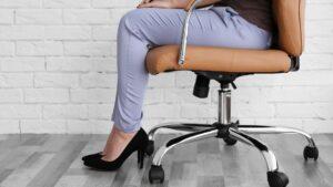 Fotel obrotowy do biurka: wysokość, ustawienie, cena