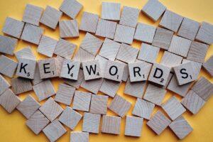 Czym są słowa kluczowe i jak je dobierać?