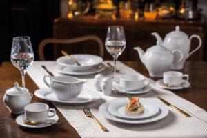 Przewodnik – czym się kierować przy wyborze porcelany na ślub lub duże przyjęcie?