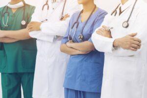 Prywatna opieka medyczna – czy to się opłaca?